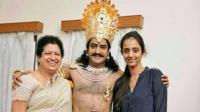 Jr NTR Wife Pranathi Family Images