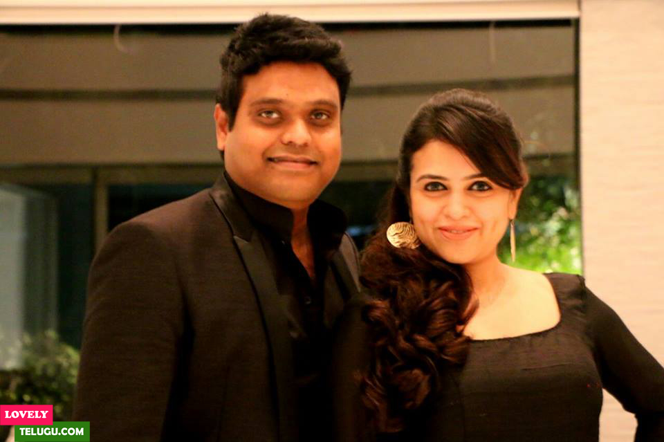 Harris Jayaraj Wife Pics