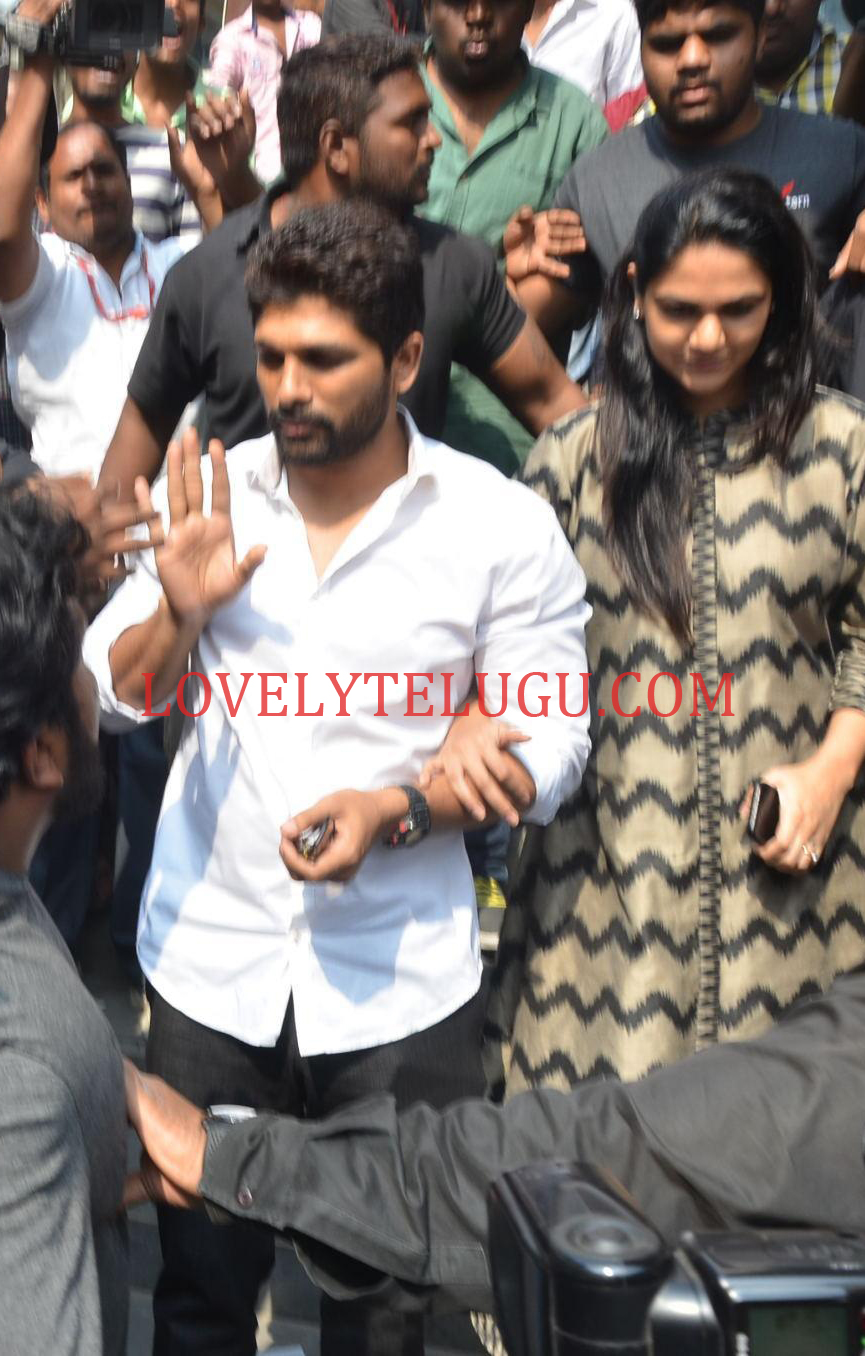 Allu arjun wife photos