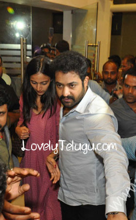 jr ntr wife unseen photos