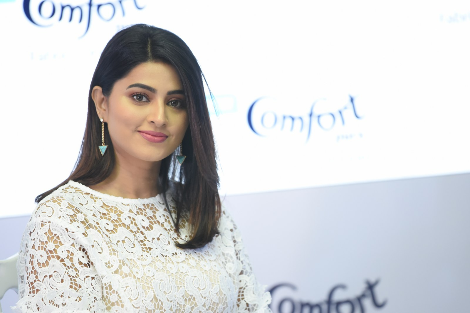 Actress sneha launches Comfort fabric conditioner photos | Lovely Telugu