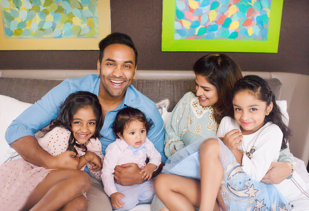 Vishnu Manchu gets cutest birthday wishes from his twin daughters