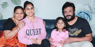TV Actress Madhu Reddy Best Moments With Family